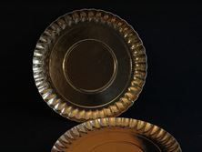 Picture of GOLD ROUND TRAY 25CM X 2
